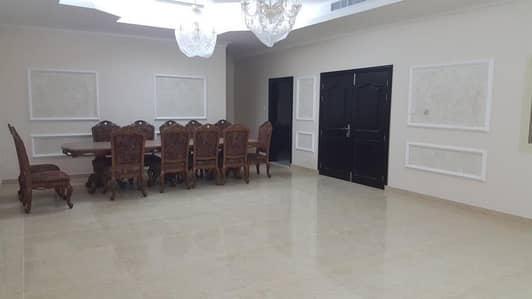 8 Bedroom Villa for Sale in Al Salamah, Umm Al Quwain - For sale Villa in Umm Al Quwain in Salama area