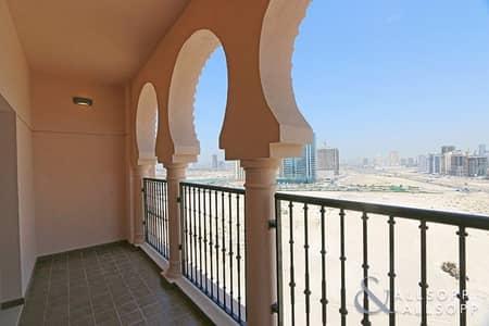 شقة 2 غرفة نوم للايجار في جميرا جولف إستيت، دبي - 2 Bedroom | Corner Unit | Available May