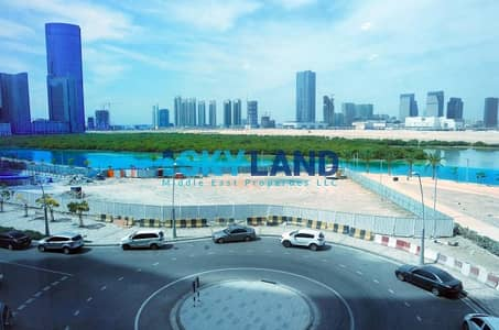 Office for Rent in Al Reem Island, Abu Dhabi - Vacant ! Fully fitted w/ Lake views !