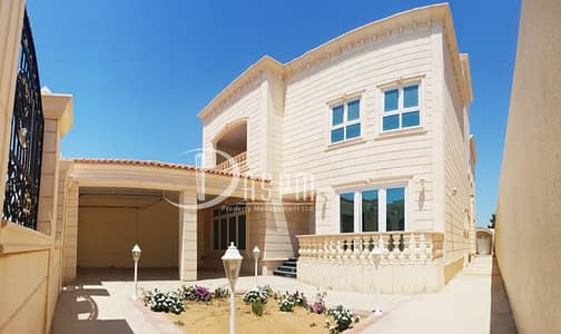 5 Bedroom Villa for Rent in Khalifa City A, Abu Dhabi - Stand alone 5 beds 2 yards & 2 kitchens 200K!