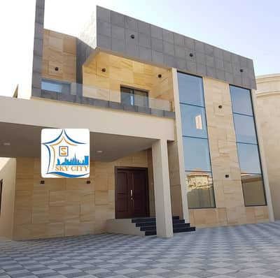 5 Bedroom Villa for Sale in Al Rawda, Ajman - Wonderful villa, very large building area, large bedrooms, fully equipped large kitchen,