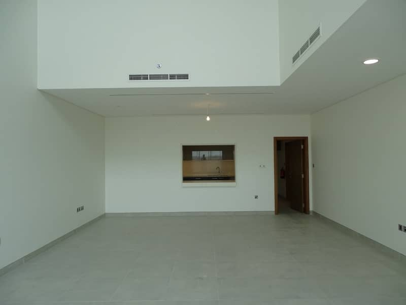 2 Amazing Townhouse w/ Sea view & Maid's Room