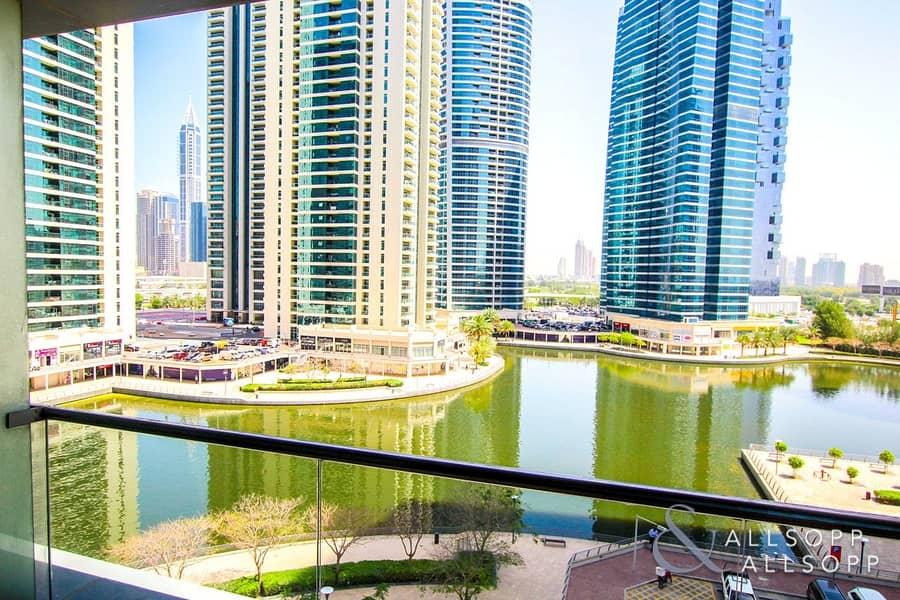 2 Full Lake View | Studio Apartment | Modern