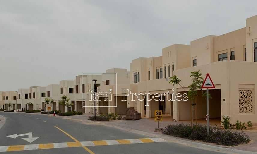 4Bed villa in a Gated Community by Emaar