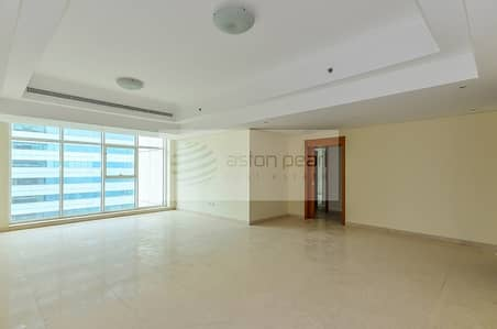 2 Bedroom Apartment for Rent in Jumeirah Lake Towers (JLT), Dubai - Bright-Spacious 2Br+M