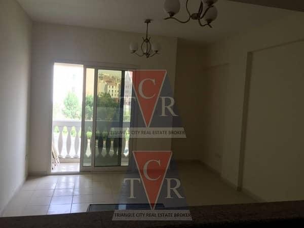 شقة في طراز فارسي المدينة العالمية 1 غرف 30000 درهم - 4023860