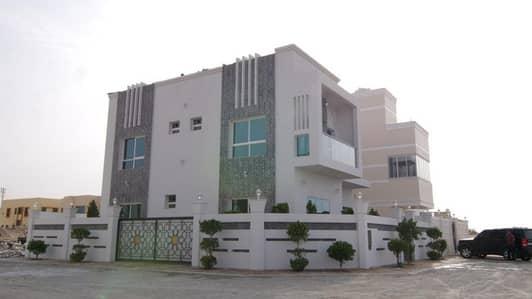 5 Bedroom Villa for Sale in Al Helio, Ajman - Excellent villa smart design for sale free hold