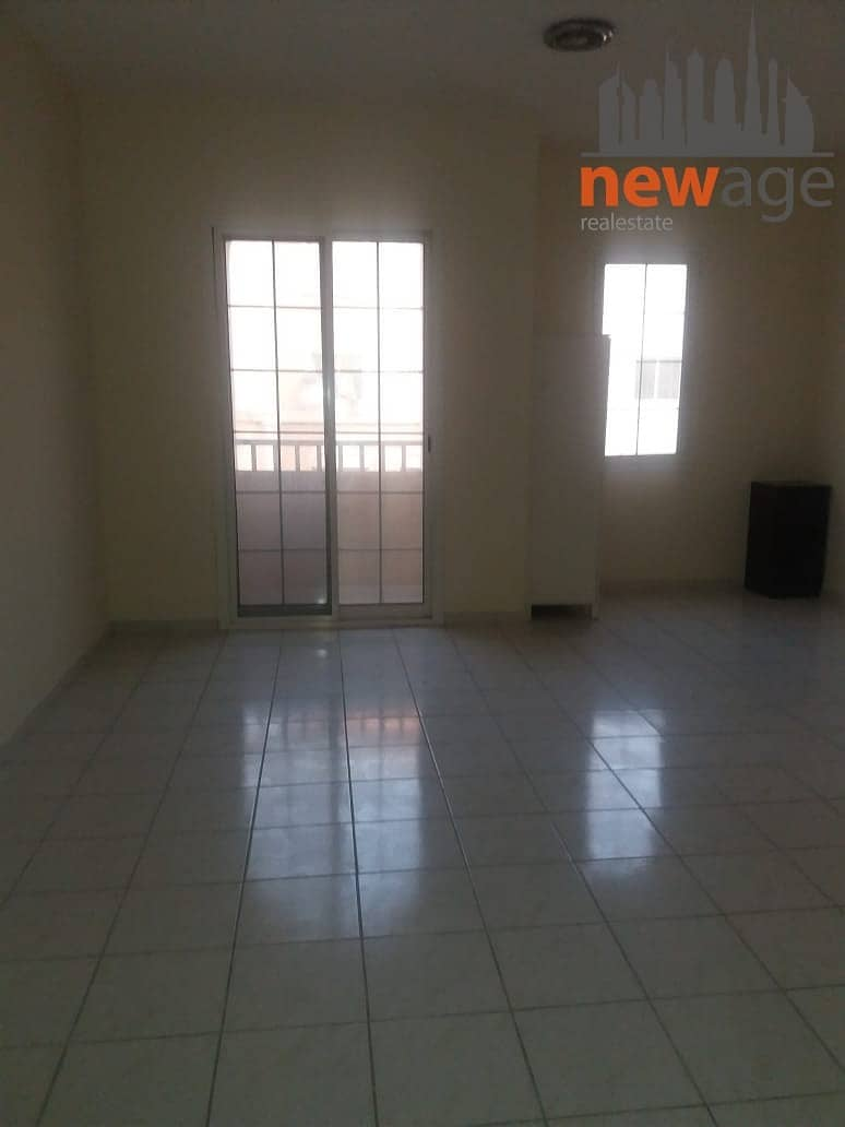 2 NEAT AND CLEAN STUDIO FOR RENT WITH BALCONY