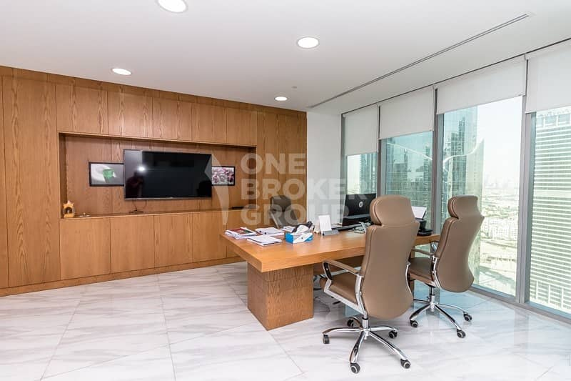 33 New Fully Fitted Office in Almas Tower