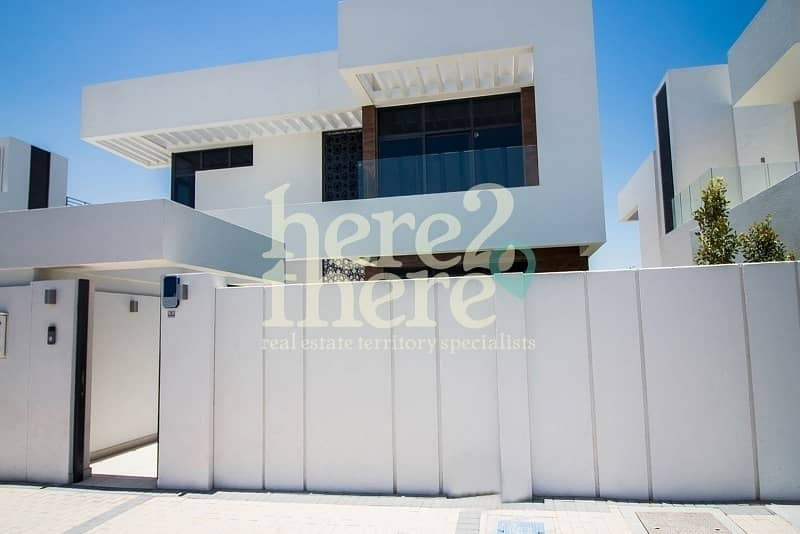 2 Stylish and Elegant Four Bedroom Villa In West Yas