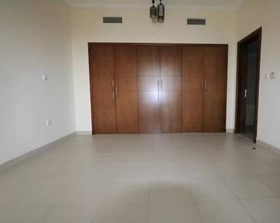 1 Bedroom Apartment for Rent in Downtown Dubai, Dubai - Spacious 1 Bedroom apartment in Southridge Downtown