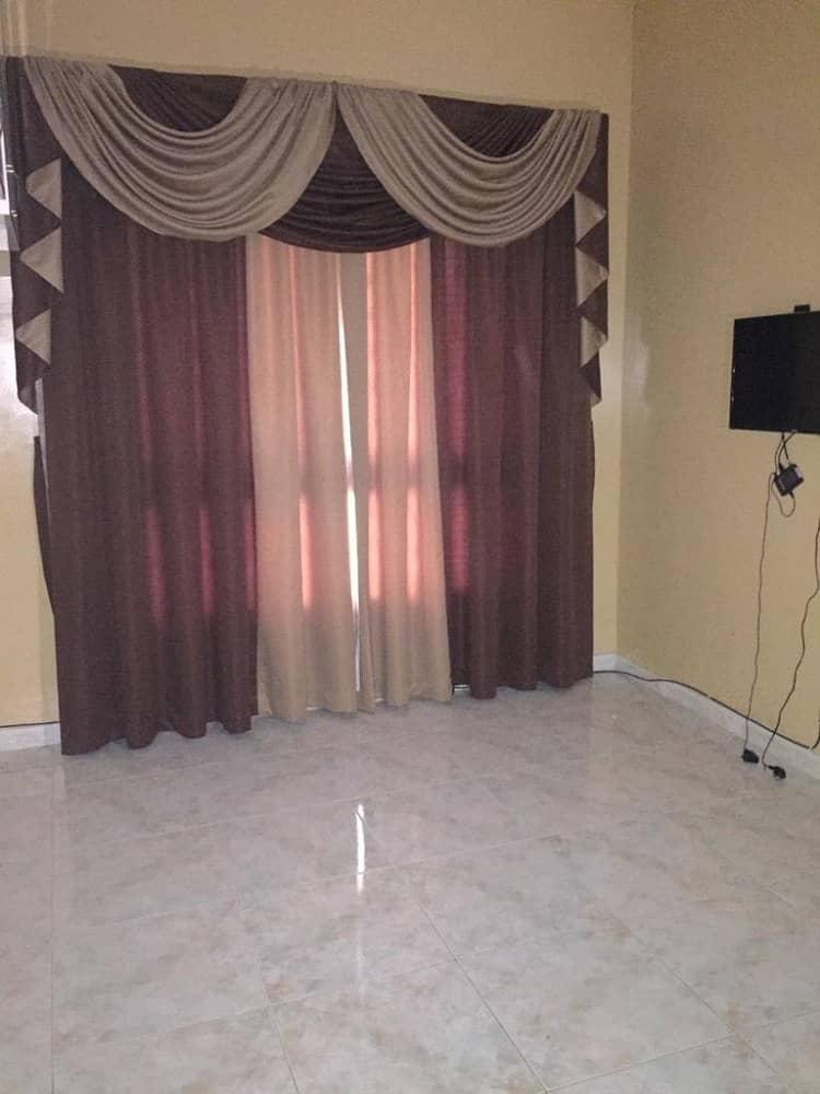شقة في مدينة الإمارات 4 غرف 30000 درهم - 4013781