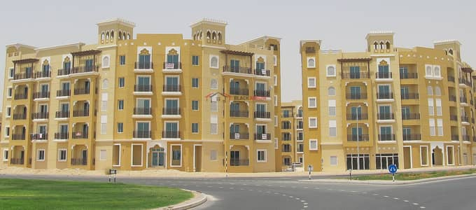 1 Bedroom Apartment for Rent in International City, Dubai - Nice 1 BR with balcony in Italy Cluster