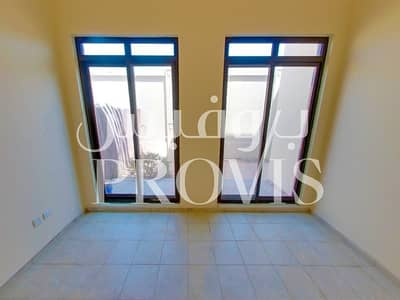 4 Bedroom Villa for Rent in Al Khalidiyah, Abu Dhabi - Marvelous 4 Bed Villa! No Commission+2 Weeks Free!