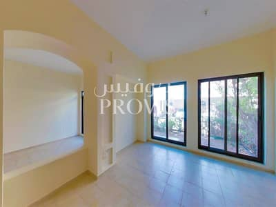 5 Bedroom Villa for Rent in Al Khalidiyah, Abu Dhabi - Luxurious 5 Bed Villa+Facilities! No Commission!