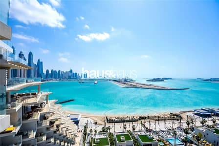 2 Bedroom Flat for Sale in Palm Jumeirah, Dubai - High Floor | Sea and Sunset views | 2 Bedrooms