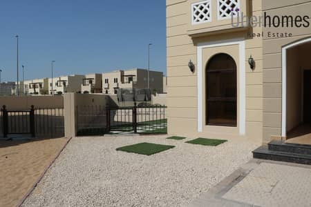 4 Bedroom Townhouse for Rent in Mudon, Dubai - Large plot TH close to town center &pool