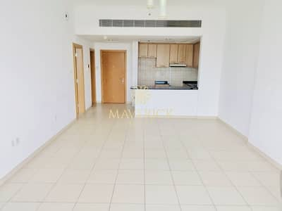 1 Bedroom Apartment for Rent in Business Bay, Dubai - Limited Offer! 1 Bedroom   Partial Canal View