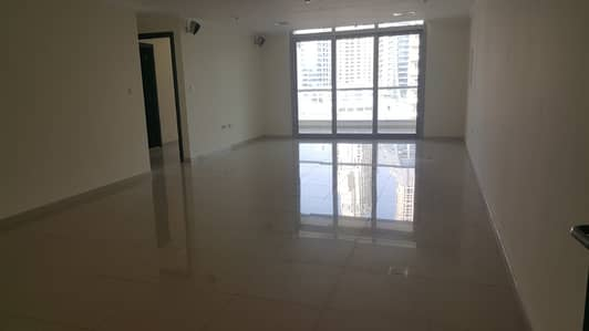 2 Bedroom Apartment for Rent in Dubai Marina, Dubai - Marina, 2 b/r with chiller free , 4 cheques , low floor , large living room , large balcony