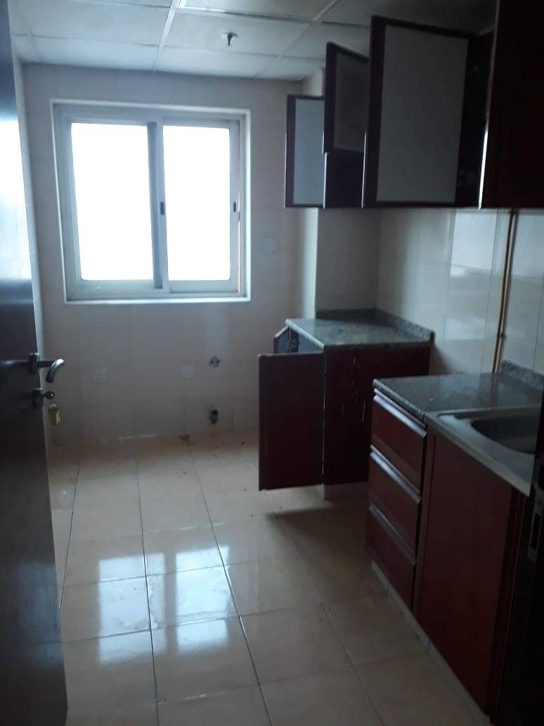 10 CHEAPEST LARGE 2 BEDROOM+CLOSED KITCHEN RENT PHASE 2. FAMILY BUILDING 100%