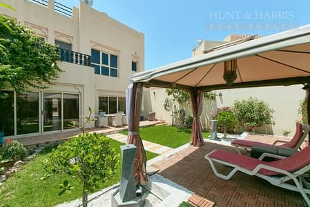 3 Bedroom Townhouse for Rent in Al Hamra Village, Ras Al Khaimah - 12 Cheques - Lovely Corner Unit - Well Maintained