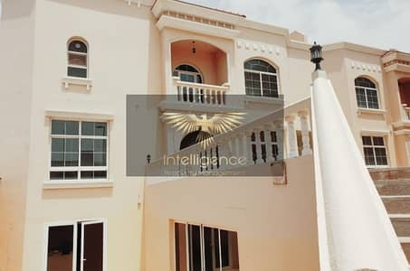 8 Bedroom Villa for Rent in Al Nahyan, Abu Dhabi - Huge Commercial Villa in Prime Location!