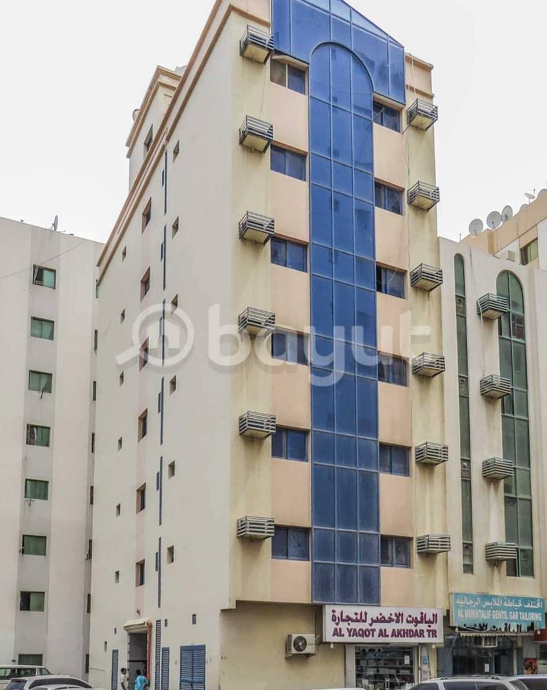 شقة في الغوير 12000 درهم - 4030157