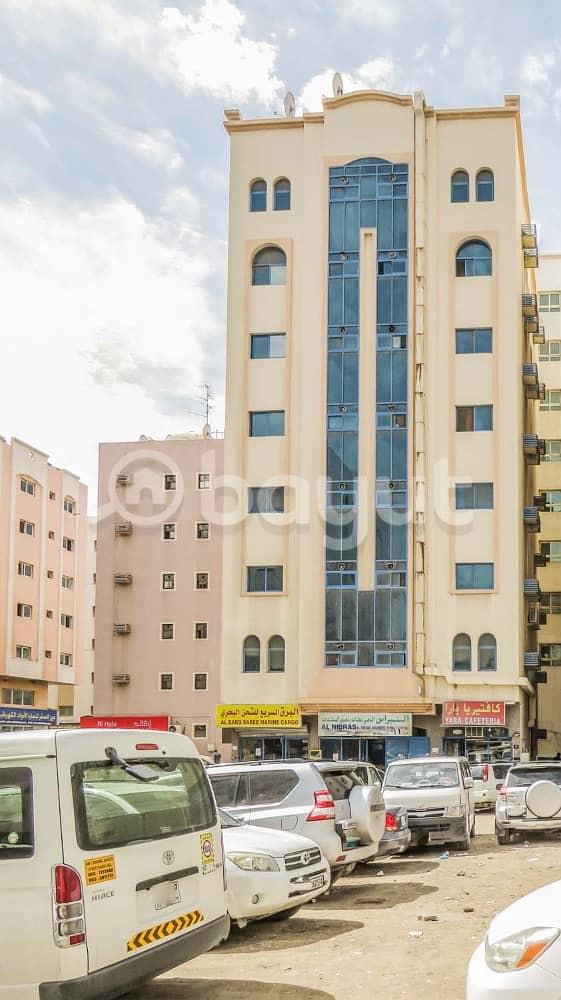 شقة في الغوير 1 غرف 12000 درهم - 4030650