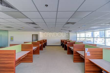 Office for Sale in Jumeirah Lake Towers (JLT), Dubai - Fitted Office | Large Layout | Price Negotiable