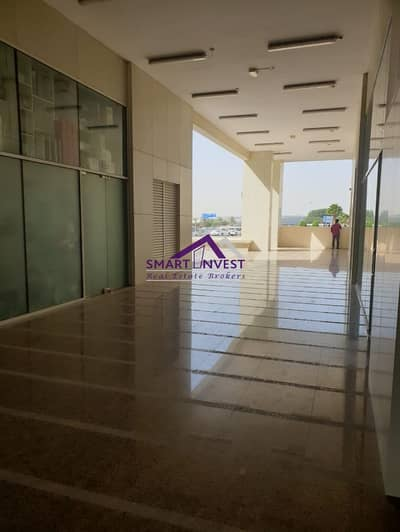 Shop for rent in Business Bay for 68K/yr.