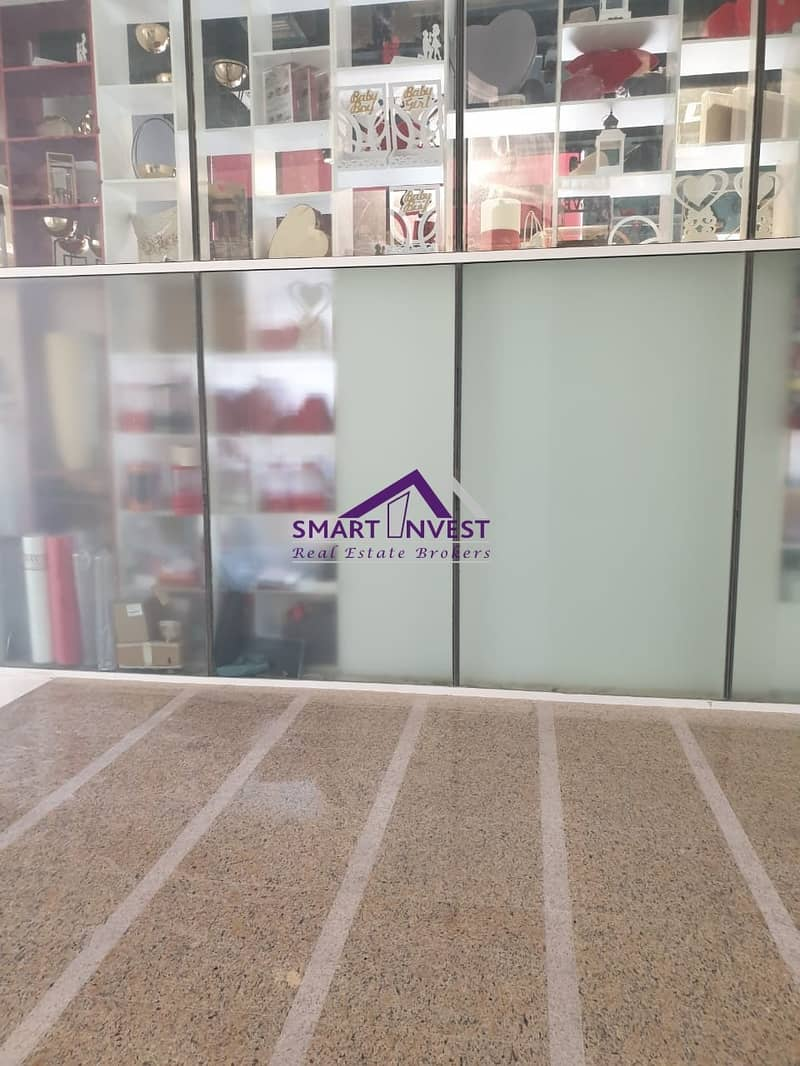 2 Shop for rent in Business Bay for 68K/yr.