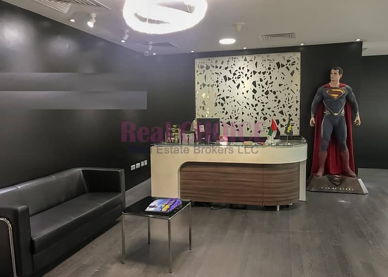 Fully Furnished Spacious Office|With Pantry Inside