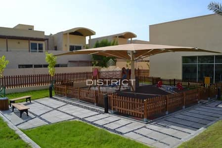 4 Bedroom Townhouse for Rent in Al Raha Gardens, Abu Dhabi - Spacious Townhouse 4BR with Large Garden