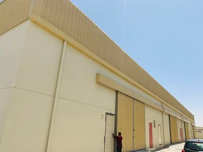 Showroom for Rent in Al Saja, Sharjah - brand new big 8 warehouse for rent in good place in sajjah