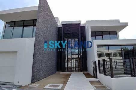 5 Bedroom Villa for Sale in Saadiyat Island, Abu Dhabi - Handover Soon ! Zero Service Charge for 5 Years !