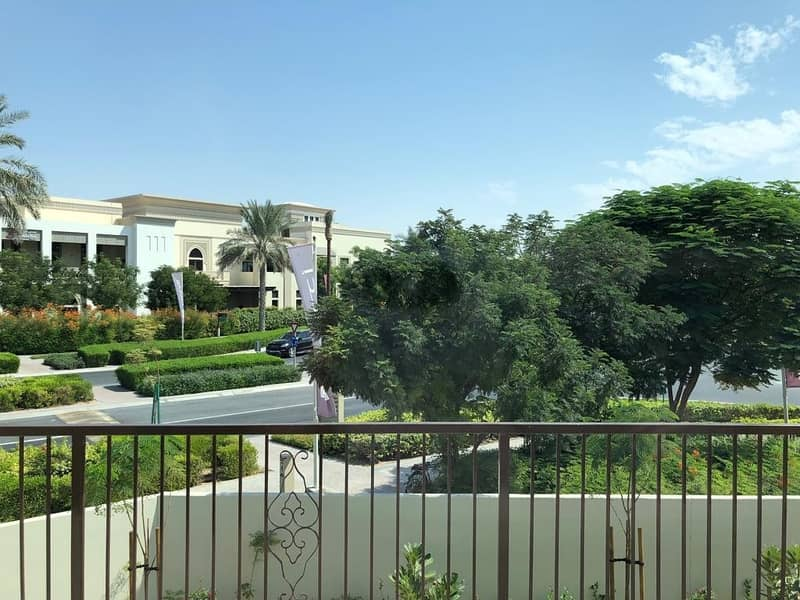 17 NO MORE RENT / READY TO MOVE IN / SPACIOUS LUXURY VILLA WITH 3 YEARS POST HANDOVER