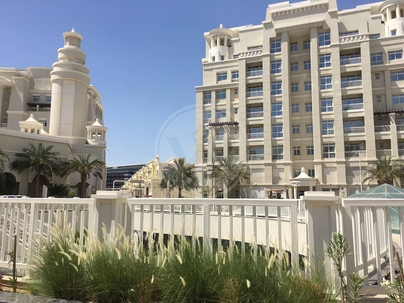 15 Semi detached 4 bedroom villa | Brand new!