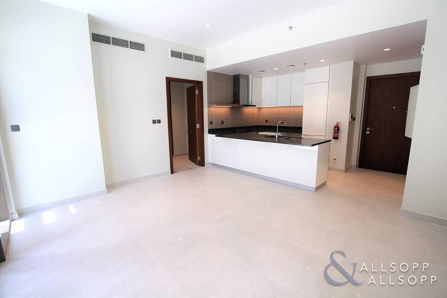 2 Brand New Tower   Low Floor   Large Terrace