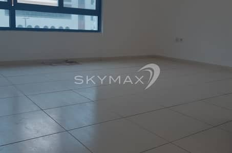 2 Bedroom Flat for Rent in Electra Street, Abu Dhabi - Low Cost! 2BHK Apt with Balcony in Electra Street