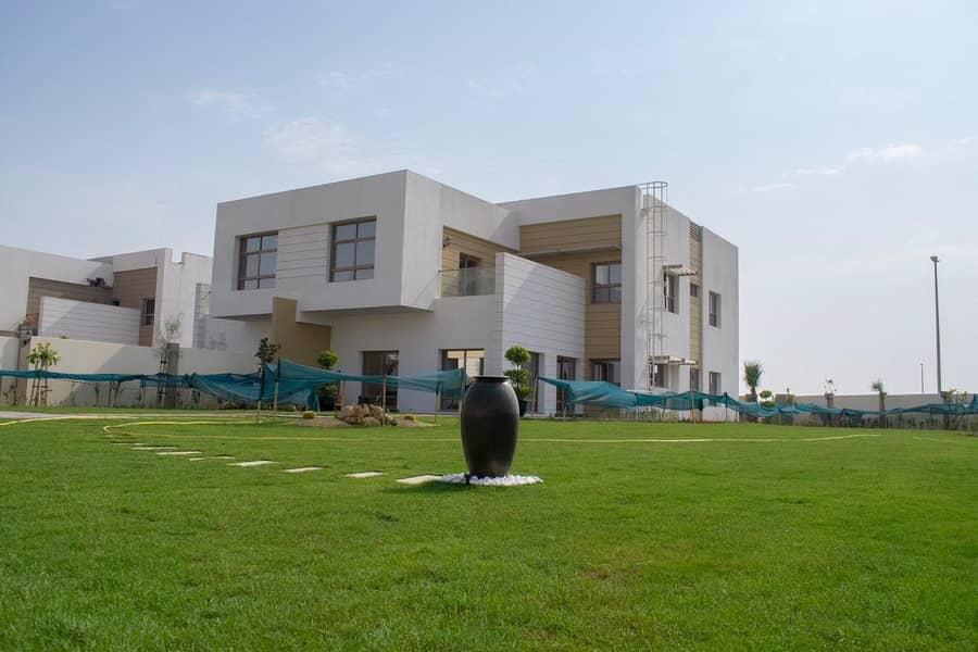 Luxury Spacious 5 BR Villa