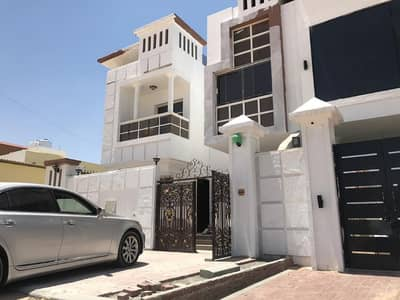 5 Bedroom Villa for Rent in Al Rawda, Ajman - Villa for rent the first inhabitant of air conditioners