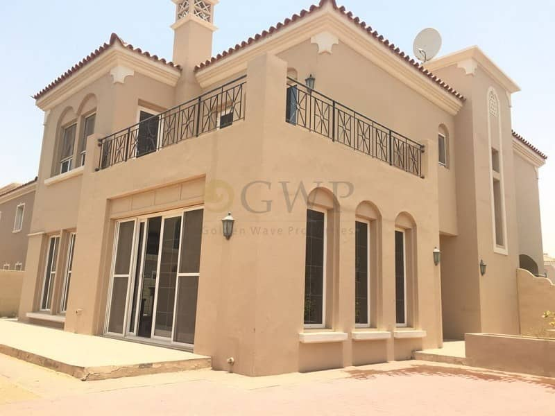 15 Beautiful 4BR With Maids|Well Maintained |Ready To Move in