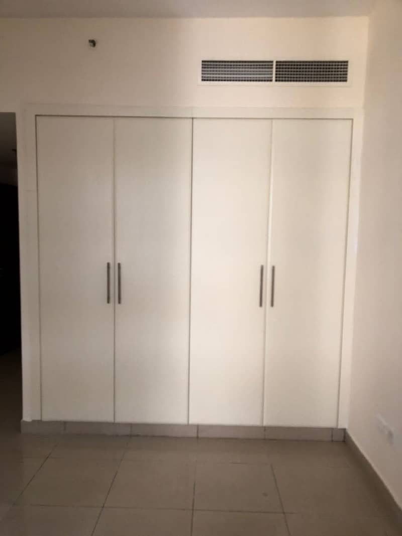 10 1 Bedroom apartment for sale in CBD28 Royal Residences International CIty