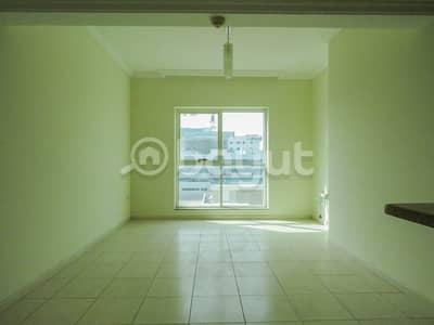 شقة 2 غرفة نوم للايجار في بر دبي، دبي - شقة في عود ميثاء بر دبي 2 غرف 76000 درهم - 4038516