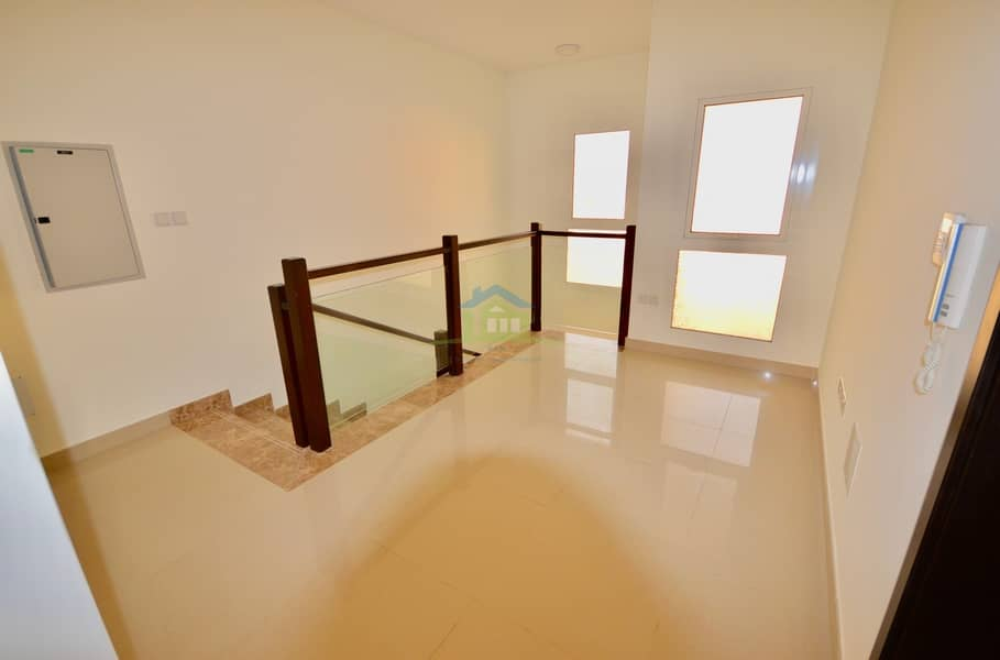 10 GOOD OPPORTUNITY | FEWA | FULLY FURNISHED 3 BEDROOM VILLA