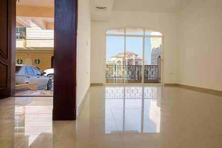 فیلا 4 غرف نوم للايجار في مدينة محمد بن زايد، أبوظبي - فیلا في المنطقة 25 مدينة محمد بن زايد 4 غرف 140000 درهم - 4040425