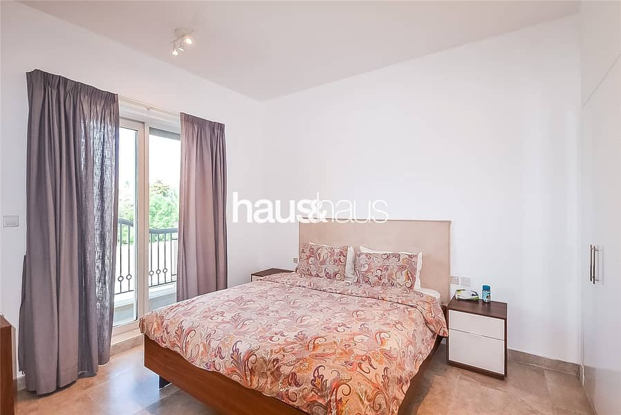 10 Exclusive | Fully Upgraded | Close to Pool