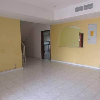 فيلا تجارية 5 غرفة نوم للايجار في المنارة، دبي - Hot Deal|A Huge Commercial Villa|2 Parking@270k