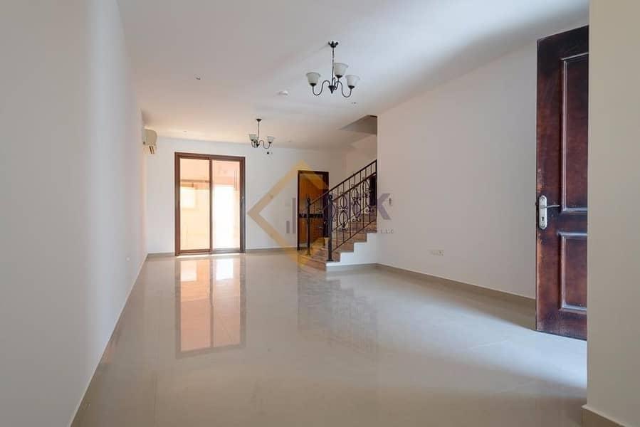 2 Fore Sale! 3 Br villa in Hydra| Zone 4