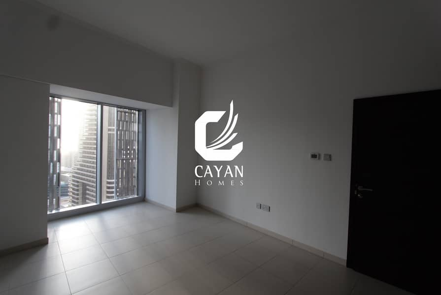 Amazing Views!! 1BR In The Prestigious Cayan Tower